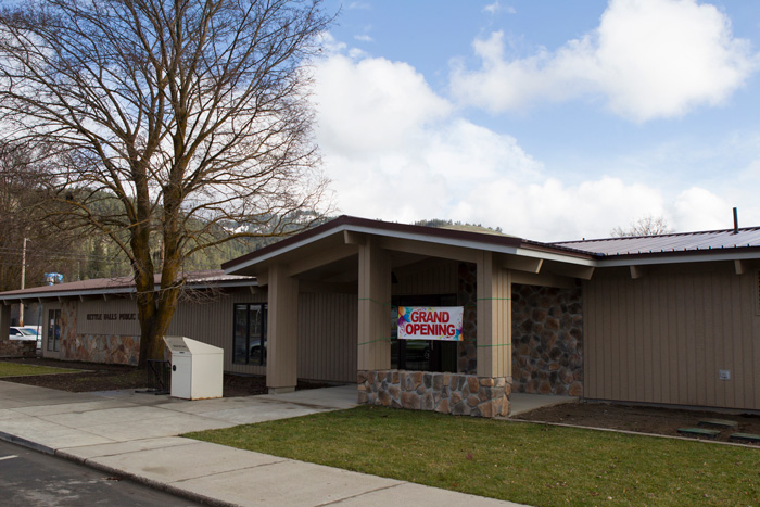 Kettle falls library